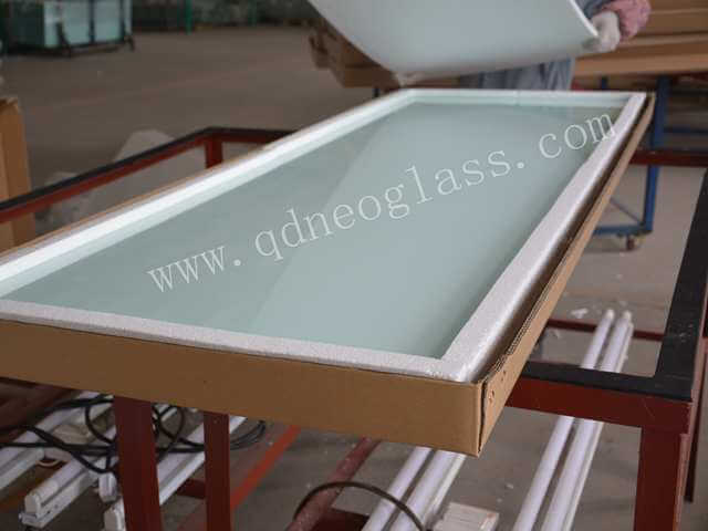 Mailed Individual Package Tempered Glass,Tempered Glass with Holes and Cutouts, Balustrade Tempered Glass, Tempered Balcony Glass, Tempered Swimming Pool Fencing Glass, Tempered Pool Fencing Glass, Toughened Glass Door Panel, Tempered Storefront Glass, Tempered Shop front Glass, Tempered Wardrobe Glass, Tempered Sliding Door Glass, Tempered Silkscreen Print Partition Glass, Tempered Shower Door Glass, Tempered Shower Enclosure Glass, Tempered Shower Fixation Glass, Tempered Spandrel Glass, Tempered Heat Soaked Glass, Tempered Heat Treated Glass, Tempered Furniture Glass, Tempered Window Glass Panel, Tempered Glass House Screen, Tempered Skylight Glass, Tempered Table Glass, Tempered Furniture Glass, Tempered Shower Soap Dish Glass Shelf, Tempered Window Glass Louvre, Tempered Door Glass Louvre, Tempered Screen Glass, Tempered Stair Railing Glass, Tempered Laminated Glass, Tempered Ceramic Frit Laminated Glass, Tempered Silkscreen Print Laminated Glass Wall, Tempered Silkscreen Print Glass Door, Tempered Ceramic Frit Glass Panel, Printing Tempered Glass, Laminated Tempered Glass Roof, Laminated Tempered Glass Overhead, Heat Strengthened Laminated Glass Overhead, Heat strengthened Laminated Glass Roof, Heat Strengthened Laminated Glass Skylight, Semi-Tempered Laminated Glass, Semi-Toughened Laminated Glass, Custom-Made Tempered Glass, Round Tempered Glass, Tempered Corridor Glass,Tempered Glass Facades, Tempered Facades Glass,Tempered Handrail Glass, Green House Glass, Shower Cubicles Glass