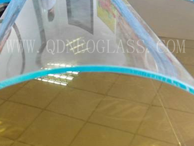 Tempered Curved Low Iron Glass
