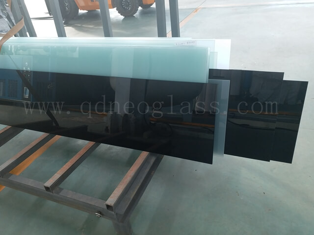Black Laminated Glass-AS/NZS 2208: 1996, CE, ISO 9002