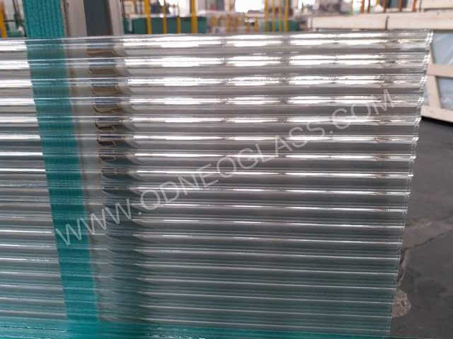 Moru Patterned Glass